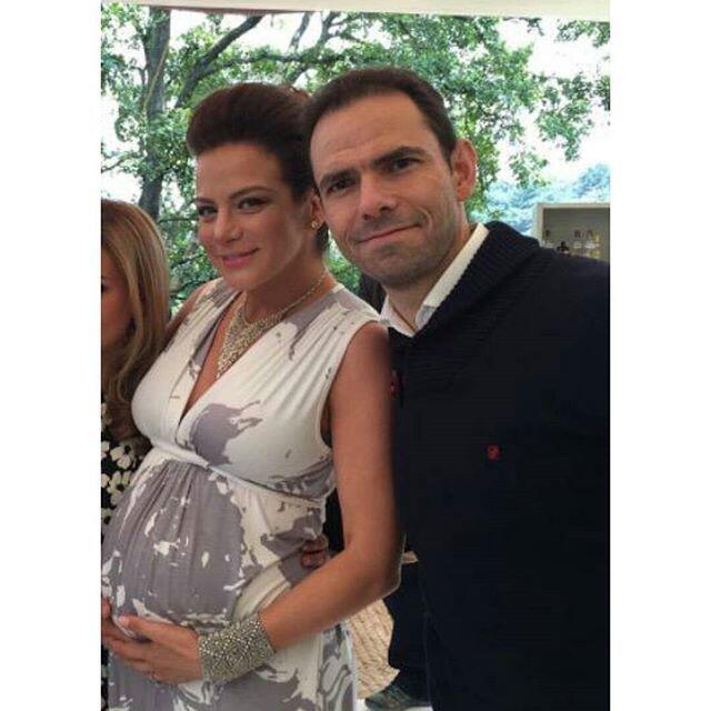 ¡Silvia Navarro ya es mamá! silvianavarroembarazobebe1.jpg