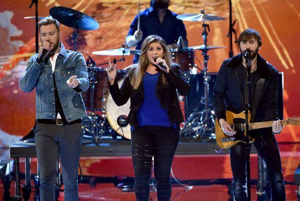 El trío country Lady Antebellum presentó su más reciente sencillo, 'Free...