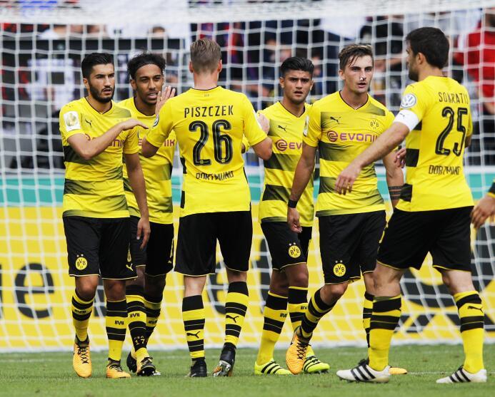 8. Borussia Dortmund (Alemania)