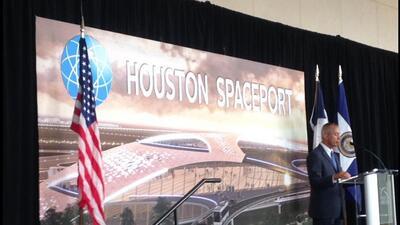 Será base de lanzamiento de micro satélites y manufactura de naves espac...
