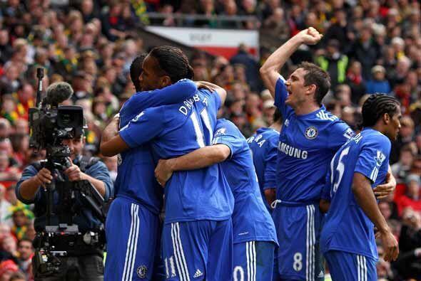 El Chelsea ganó 2-1 y se montó en la cima de la clasificación. Ahora ven...
