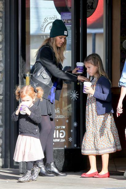 Pues las tres lucían espectacular en una tarde casual de compras.
