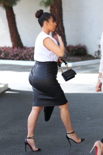Kim ha sido puesta en duda con la naturaldiad de su trasero varias veces...