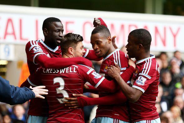 West Ham es otro que le ha puesto el ojo a Javier Hernández, el club est...