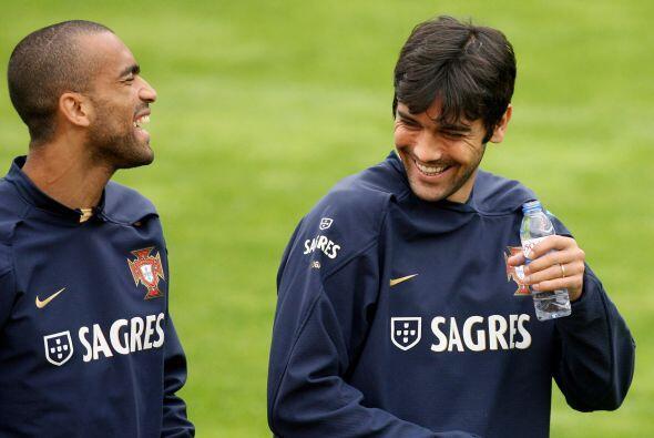 Ya sea que David Luiz esté recuperado y lidere la zona junto a Gary Cahi...