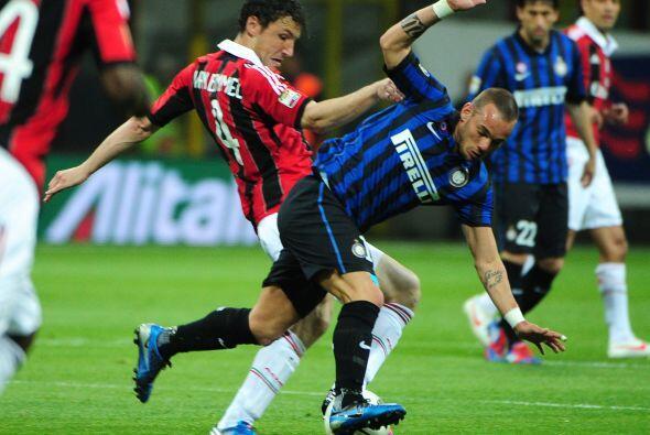 Los italianos necesitaban sacar la victoria ante su odiado rival para se...