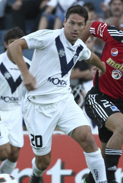 Guillermo Franco se fue de Vélez y volvió al fútbol...