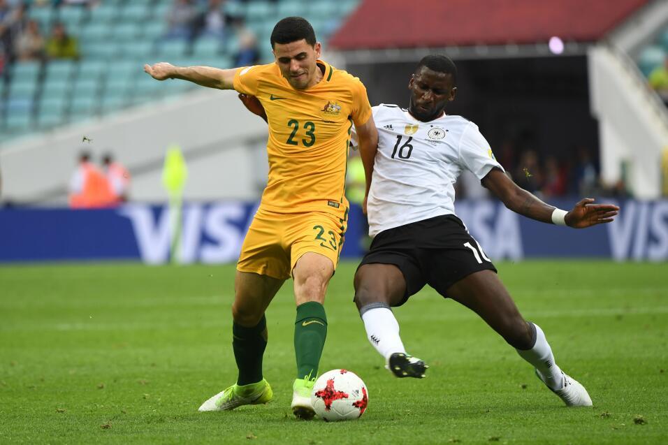 Alemania sufre, pero vence a una aguerrida Australia GettyImages-6976899...