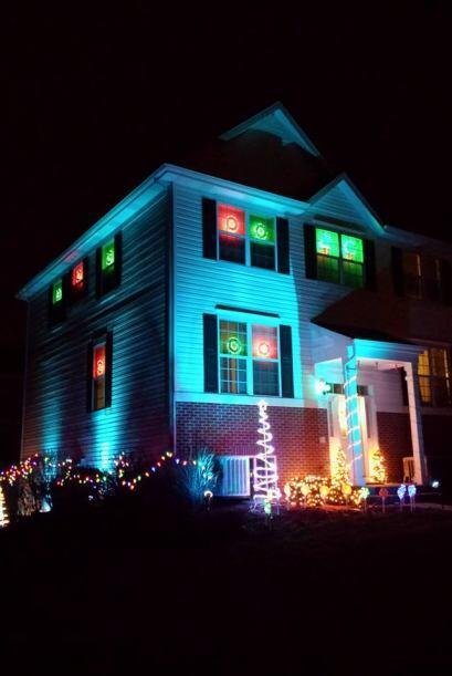 Luis Alberto Campos ya tiene decorada su casa para esta época decembrina.
