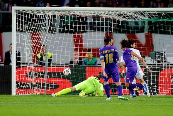 Pato puso el 2-0 al minuto 41 con una bonita anotación.