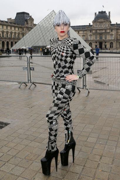 Entre ellos se encuentra Lady Gaga que sacó a pasear todo el 'gla...