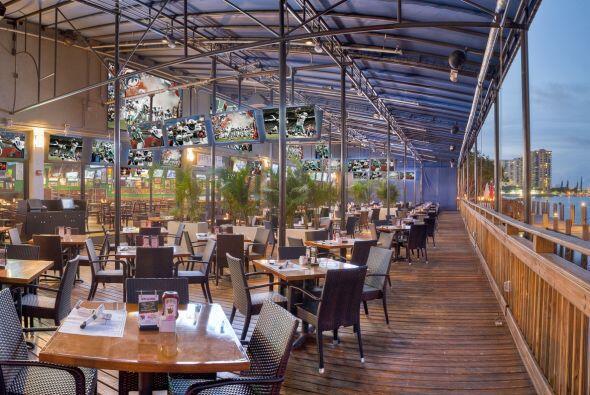 MIAMI Para los amantes de la costa, Duffy's en North Miami Beach en la c...