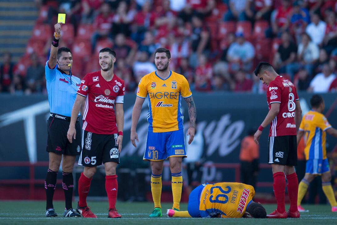 Dos zarpazos y los Tigres van por el bicampeonato ante Chivas  Guido Rod...