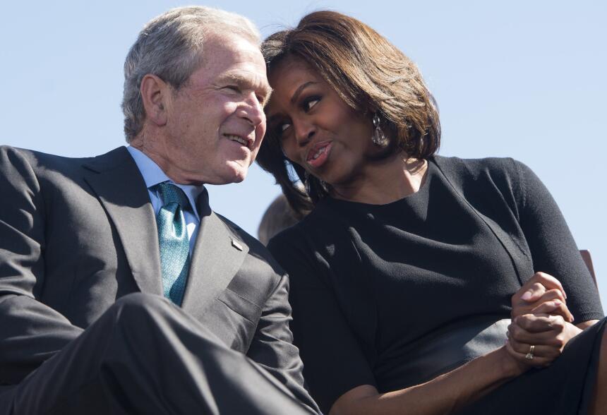 George W. Bush habla de su gran amiga... Michelle Obama GettyImages-4655...