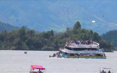 Conmoción en Colombia tras el naufragio de una embarcación turística en...