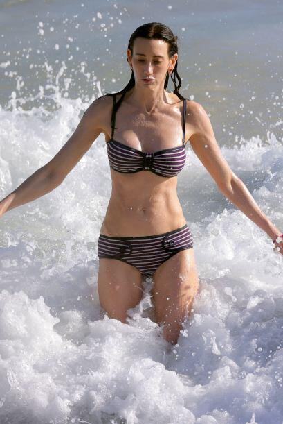 Nancy también luchó contra las olas. Mira aquí los videos más chismosos.