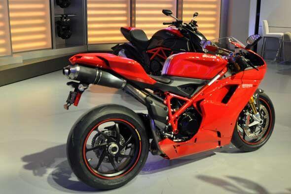 Las motos no tienen bolsas de aire o cinturones de seguridad, por lo que...