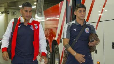 Chivas viajó a Veracruz sin Pulido ni Salcido