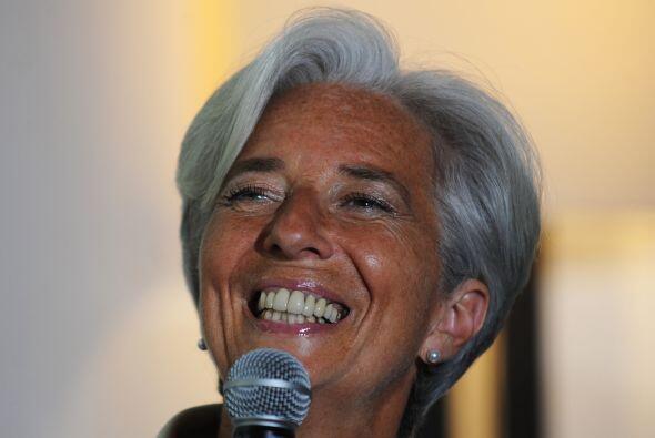 Lagarde, considerada la gran favorita para encabezar el FMI, tiene hasta...