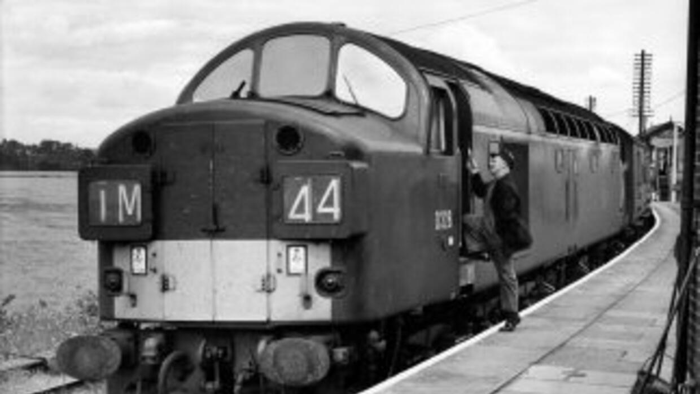 El tren encargado de llevar a la capital inglesa aquel preciado botín er...