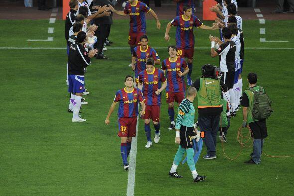 Por su parte, el capeón Barcelona recibió en el Camp Nou al Deportivo La...
