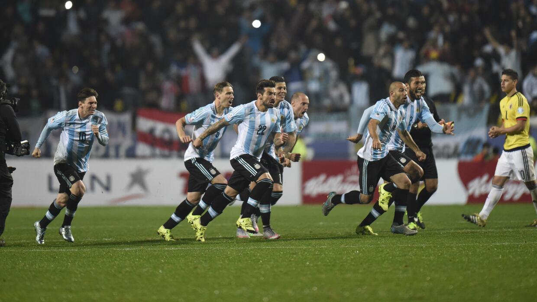 Argentina vence a Colombia en Copa América.
