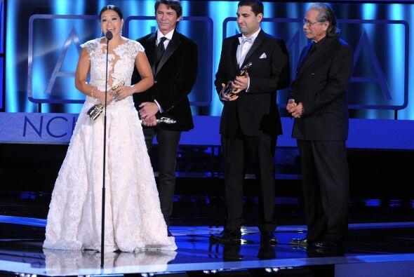 Uno de los momentos más emotivos de la noche llegó cuando premiaron al e...