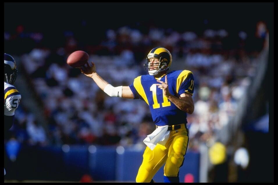 Jim Everett en uno de los encuentros que protagonizó en el Angel Stadium...