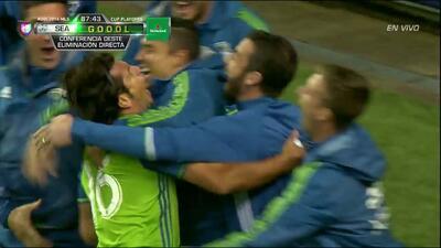 Gooool!!! Nelson Antonio Haedo Valdez remata de cabeza y anota para Seattle Sounders