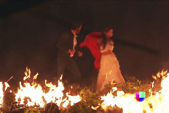 ¡No Aldonza! No cometas una locura, tú no podrás apagar el incendio.