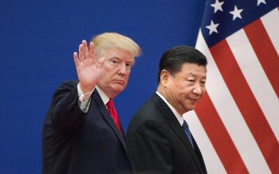 El presidente de EEUU, Donald Trump, y el presidente de China, Xi Jinpin...