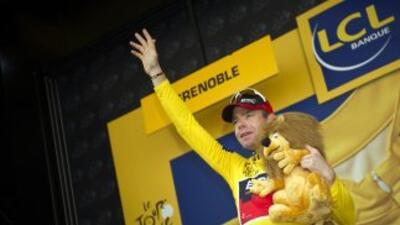 Cadel Evans se puso el Maillot amarillo en la contrareloj de Grenoble.