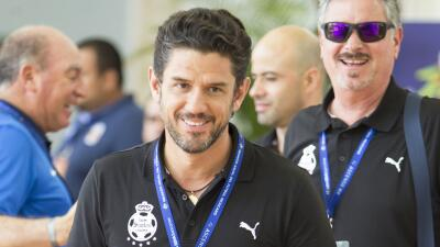 """Alejandro Irarragorri: """"'Pulpito' González no va a jugar en Racing"""""""