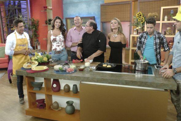 En la cocina, el Chef Patricio Ruiz preparó 'Llapingachos', uno de los p...