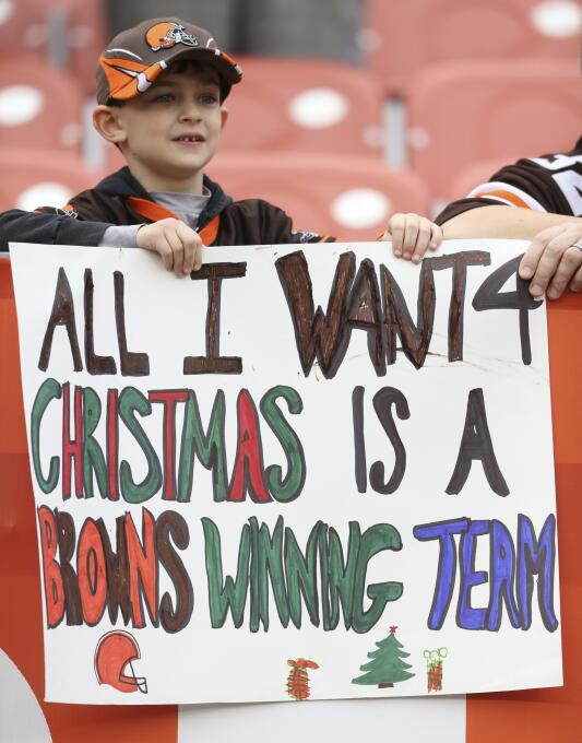 Los aficionados ya sienten el calor de la navidad y muchos de los Playof...