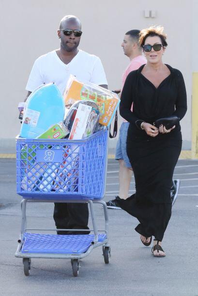 Kris Jenner llenó el carrito de compras.