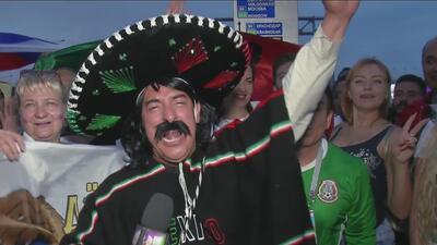 Al ritmo de 'La Cucaracha', Kevin Arnulo celebró la victoria del Tri ante Corea del Sur