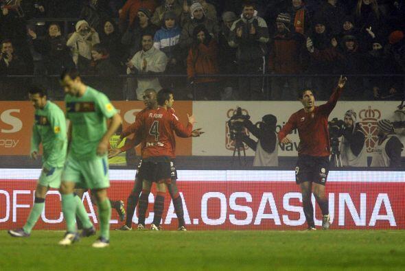 Cuando se jugaba el minuto 41, el atacante Dejan Lekic sorprendió a los...