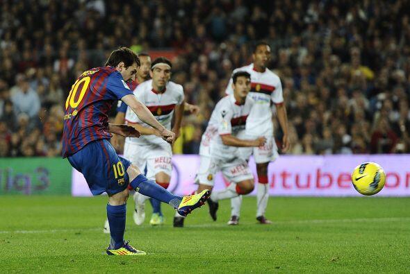 Su equipo el Barcelona goleó al Mallorca por 5 goles a 0 con 3 tantos de...