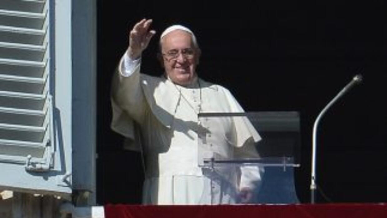 El papa Francisco recordó el 25º aniversario de la caída del Muro de Ber...