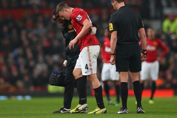 Además, sufrieron la lesión del defensa Phil Jones.