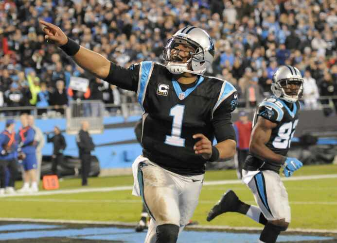 Los Carolina panthers vencieron 38-10 a Tampa Bay Buccaneers para asegur...