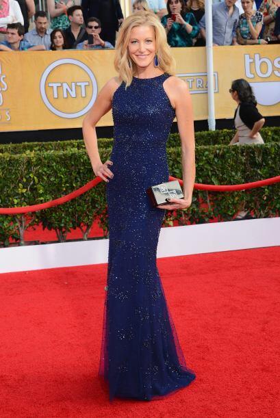 Anna Gunn se enfundó en un increíble vestido de Monique Lhuiller. Sin du...