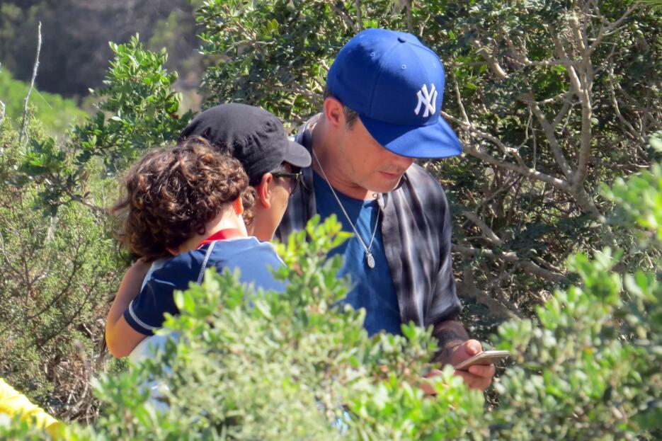 Singer Alejandro Sanz, wife Raquel Perera and kids Dylan and Alma Sanz o...