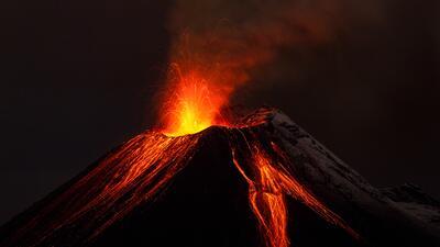 Cómo escapar de una erupción volcánica en tu carro