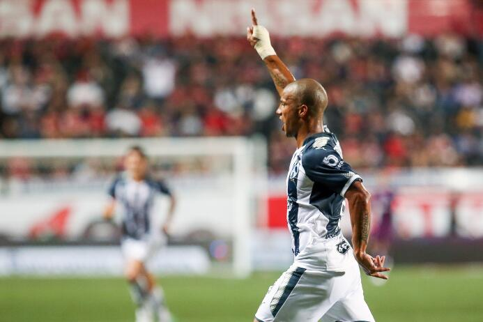 Dos goles: Carlos Sánchez (Vs. Xolos y Necaxa) - Uruguay