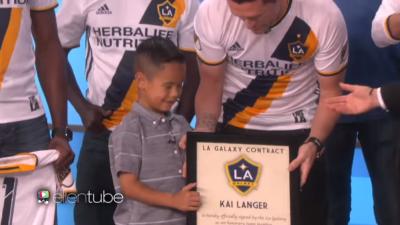LA Galaxy le ofrece un contrato honorario a niño de 7 años