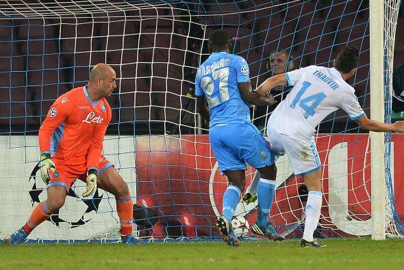 Por si le faltaba emoción al partido, en la segunda parte Florian Thauvi...