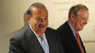 """La cadena TV Azteca señaló en un comunicado que el Grupo Carso """"suspendi..."""