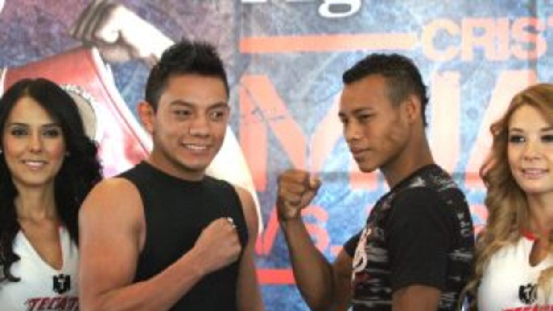 Mijares y Osejo listos para su combate en el Palenque de Aguascalientes.